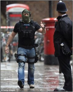 Fig. 147 – an example of the strange paramilitary-police hybrid that constitutes the Met's special operations unit.