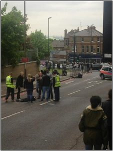 """Fig. 23 – Image 3 by @Bietle - """"shooting/stabbing in Woolwich""""."""